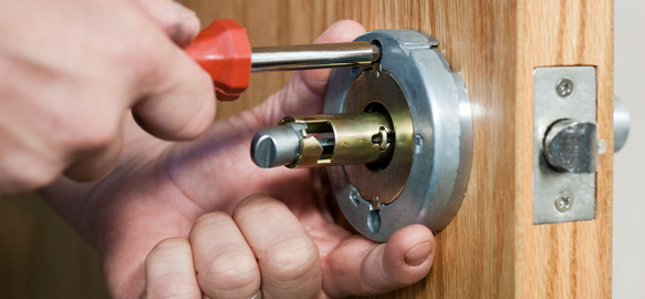 You Should Hire A Professional To Change Your Locks
